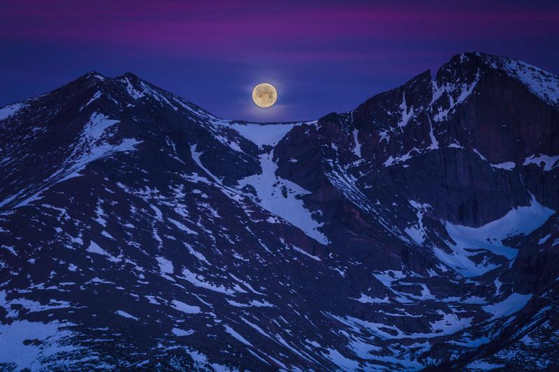 Moonset at Rocky Mountain Nat'l Park