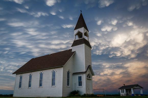 Mammattus clouds & a church