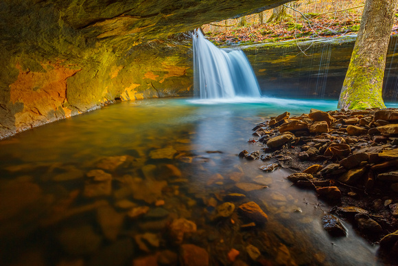 Short Grotto Falls